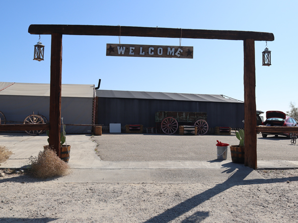 covered wagon tours palm desert